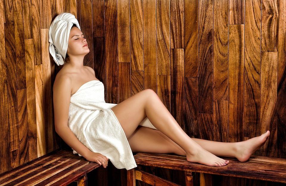 Wann wieder Sauna nach der Haartransplantation?