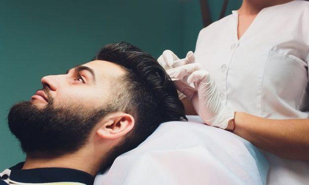 Den Haarausfall mit der richtigen Haarausfall Therapie bekämpfen