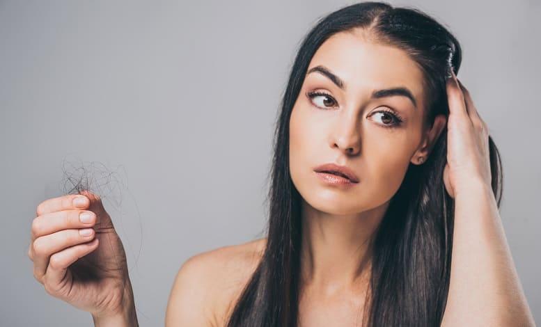 Haare statt glatze Formen des Haarausfalls und deren Ursachen bei Frauen