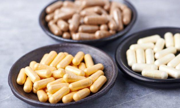 Nahrungsergänzungsmittel bei Haarausfall – sinnvoll oder nicht?