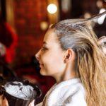 Haare färben – immer neuer Look oder Gefahr für Haarausfall?