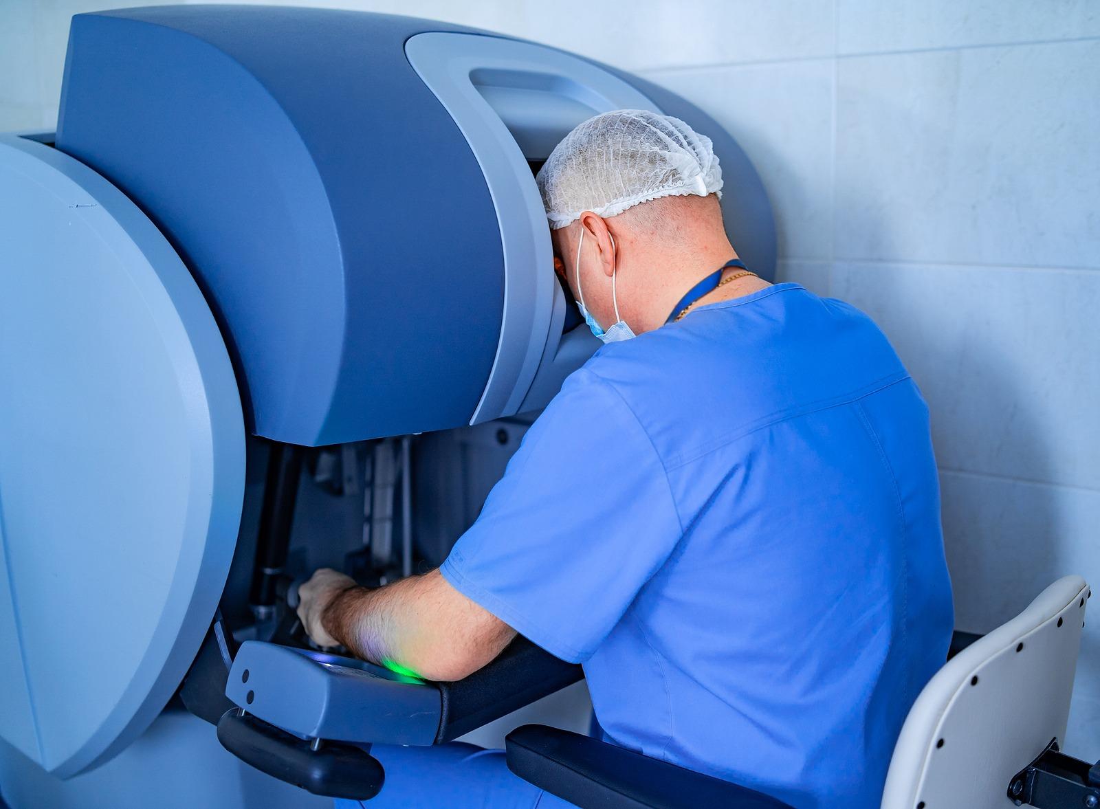 Die Haartransplantation mit dem ARTAS Roboter gewährleistet genaue Ergebnisse